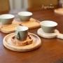 Petisqueira em Madeira e Cerâmica Cinza