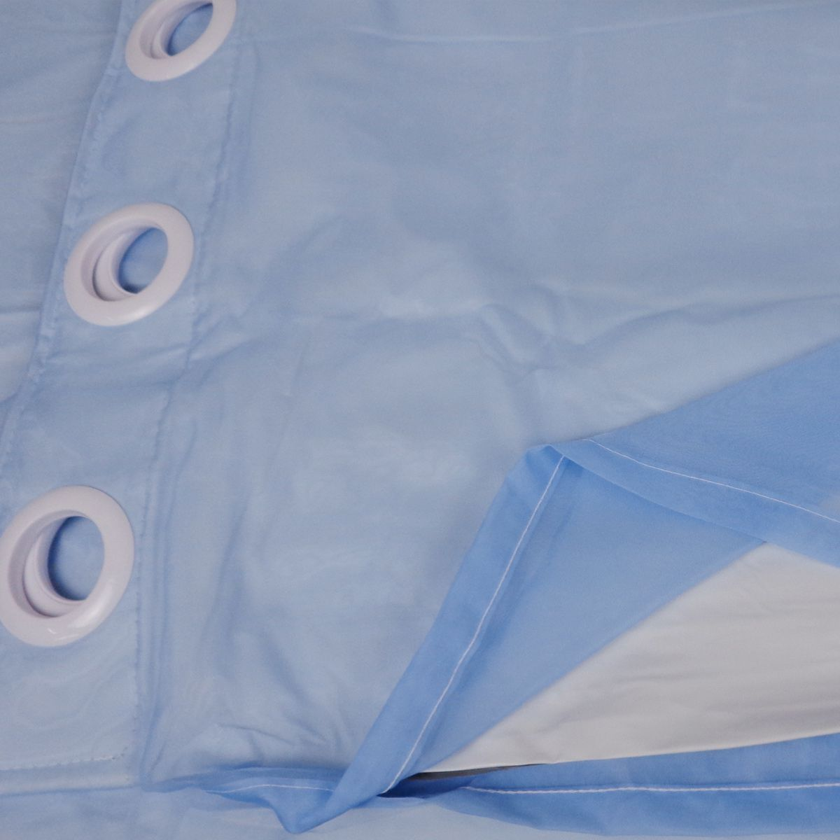 Cortina Em Voil Azul Com Forro Blackout 2,00 x 2,30 Bella Janela