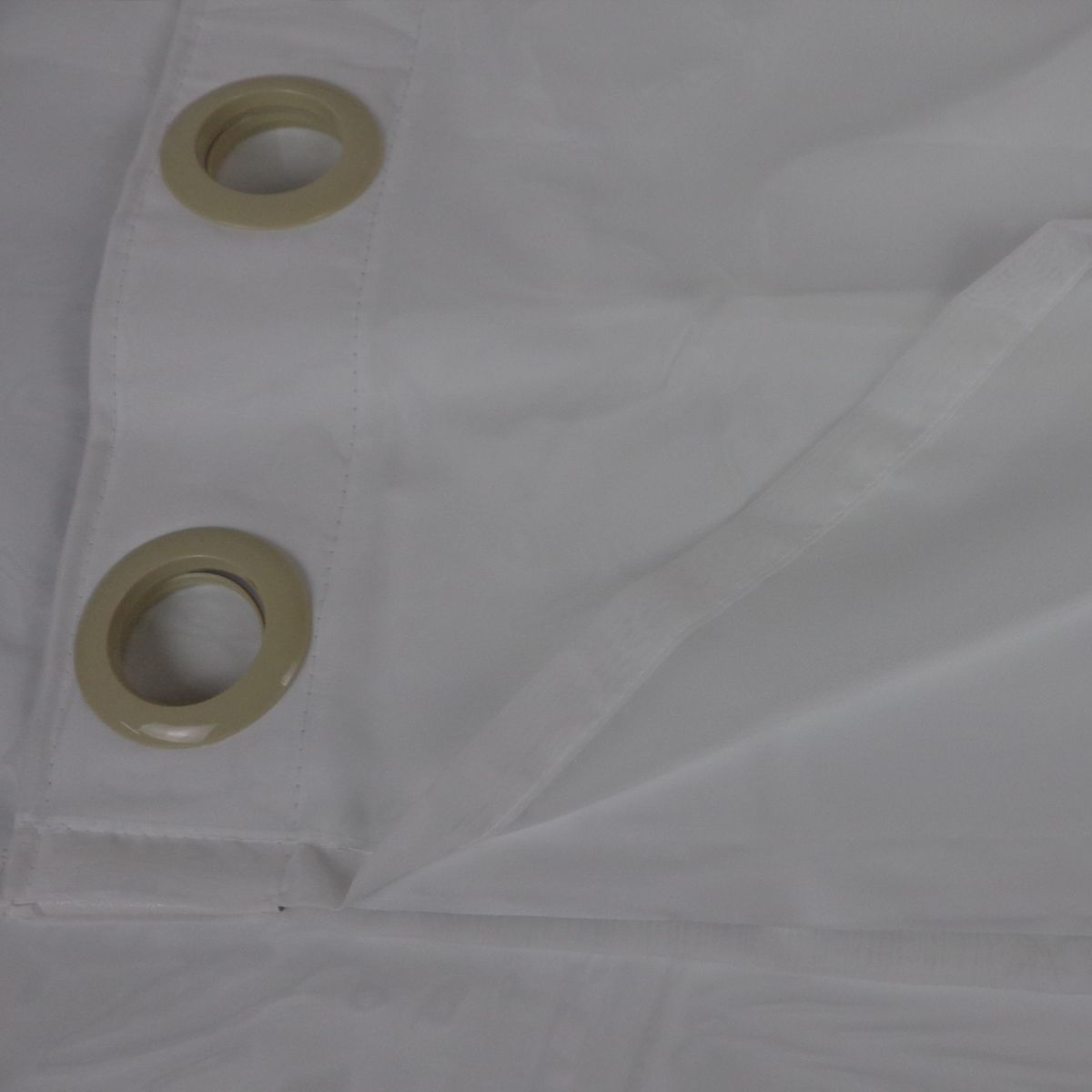 Cortina Em Voil Marfim Com Forro Blackout 2,60 x 2,30 Bella Janela