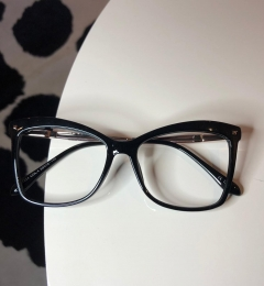 Armação Óculos de Grau Quadrado Giselle Preto