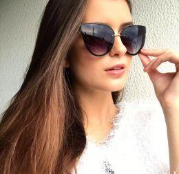 Óculos de sol Alice Preto