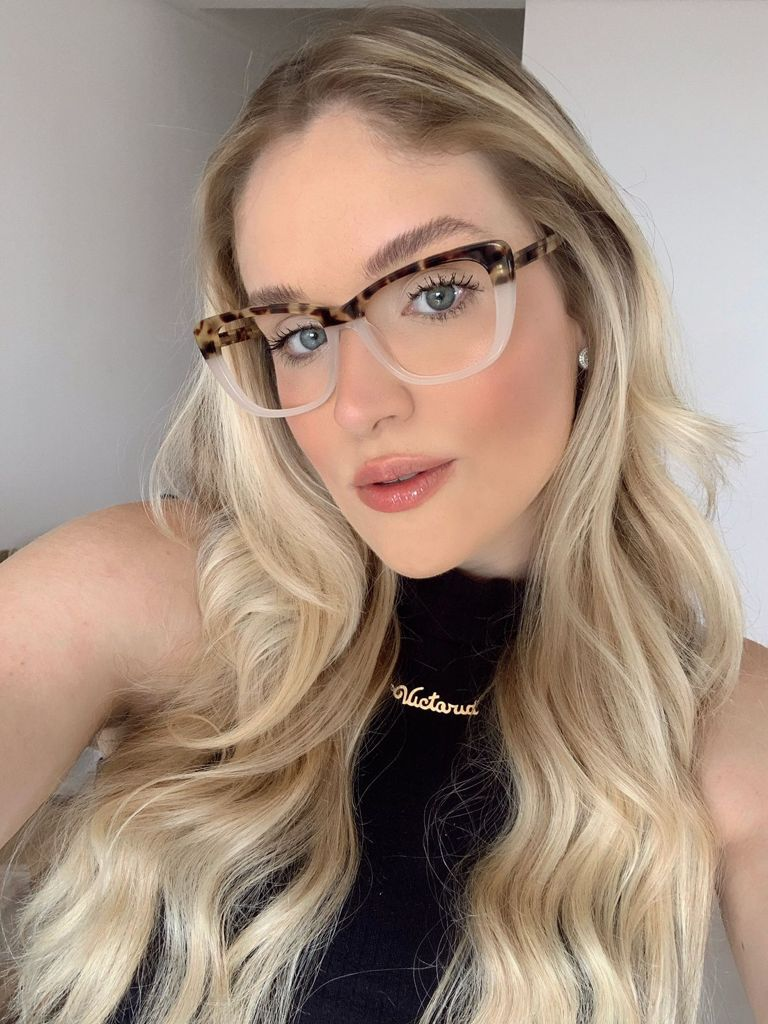 Armação De Óculos Karen Oncinha