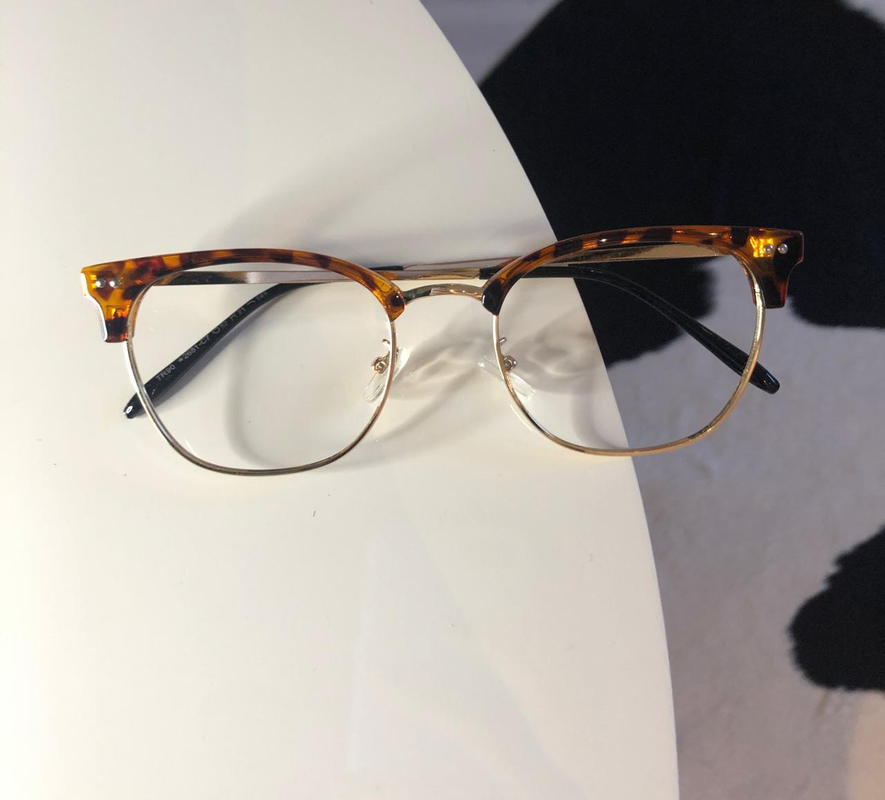 Armação Óculos de Grau Quadrado Alana Oncinha