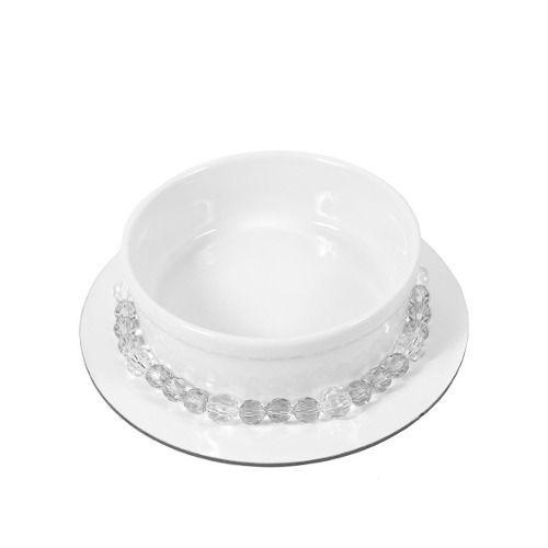 Comedouro ou bebedouro em porcelana com um colar de contas tipo cristal azul.LUXO!