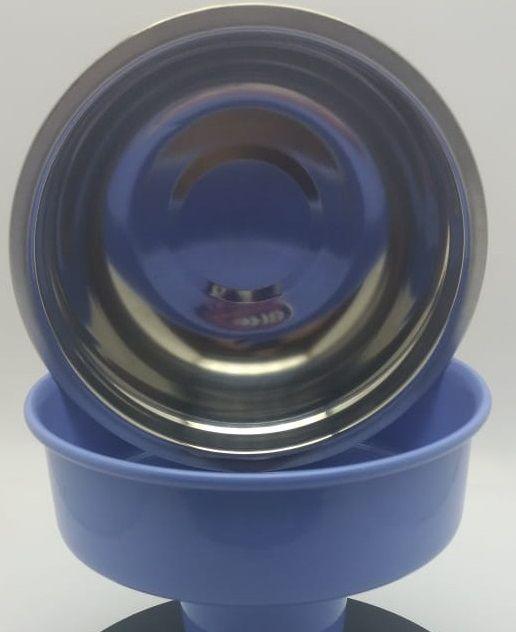 Comedouro/bebedouro cães e gatos, inox destacável, suporte em alumínio cor azul com regulador de altura.Totalmente lavável,resistente à maresia,não enferruja,não contém aço carbono nem madeira