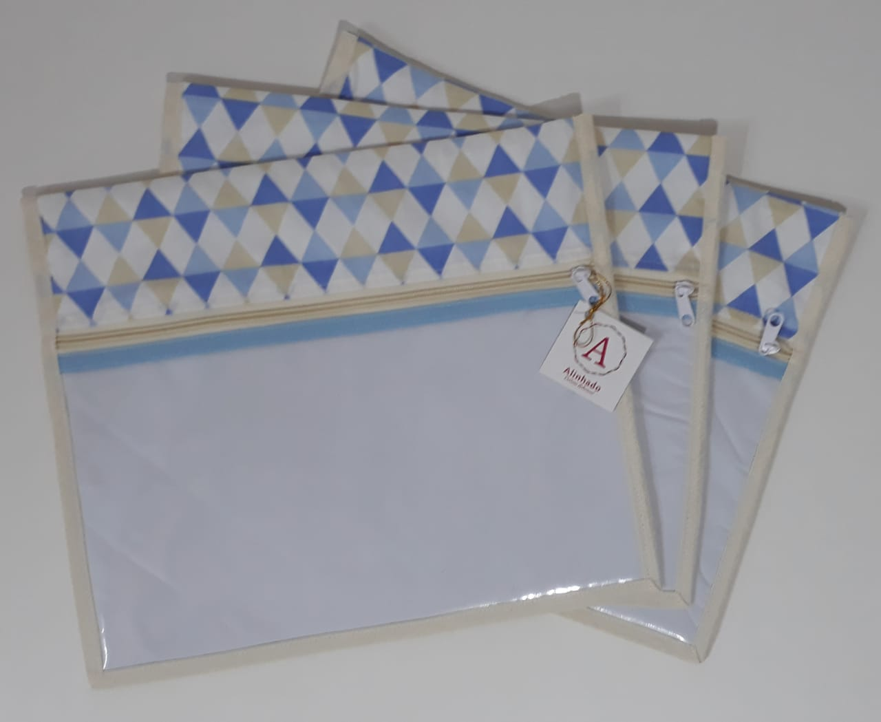 Kit Maternidade - 5 Saquinhos + 2 Porta Fraldas + Necessaire