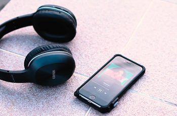 Fone de ouvido Edifier W800BT Bluetooth Preto