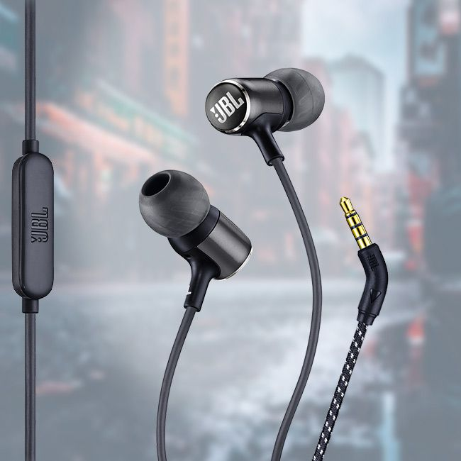Fone JBL LIVE 100 Preto - Fone de ouvido com microfone - In ear