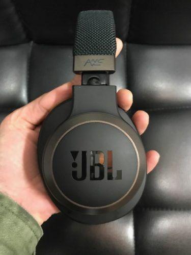 JBL LIVE 650BTNC - com cancelamento de ruido
