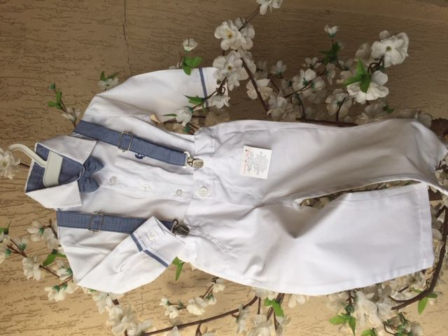 Conjunto de calça, suspensório e camisa detalhes azul batizado