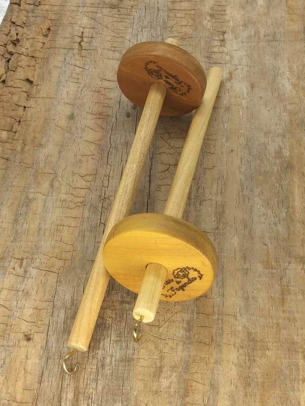 Kit Fuso para Fiação Manual + 200g de lã penteada Merino - 30% OFF no fuso