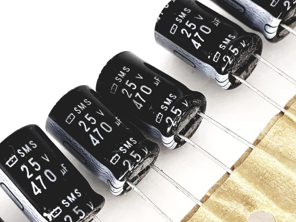 10 peças Capacitor Eletrolítico 470x25 85°C 8x15