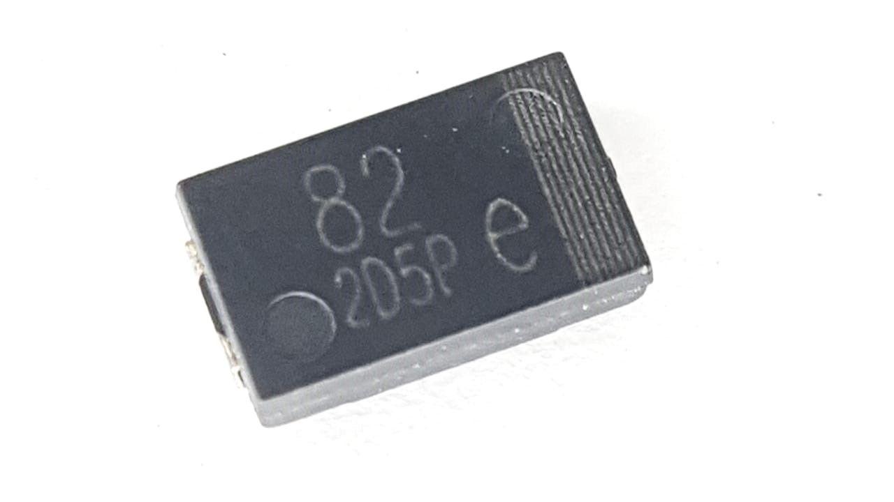 10 Peças Capacitor Polymer 820f X 2,5v Marking 82 205p