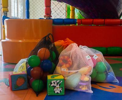 10 Saquinhos sustentáveis reutilizáveis estilo ecobag na cor AZUL para bebês, brinquedos, futebol, praia e piscina FM4