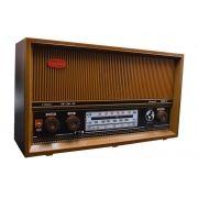 Rádio antigo retrô Gabinete Madeira Companheiro Itamarati