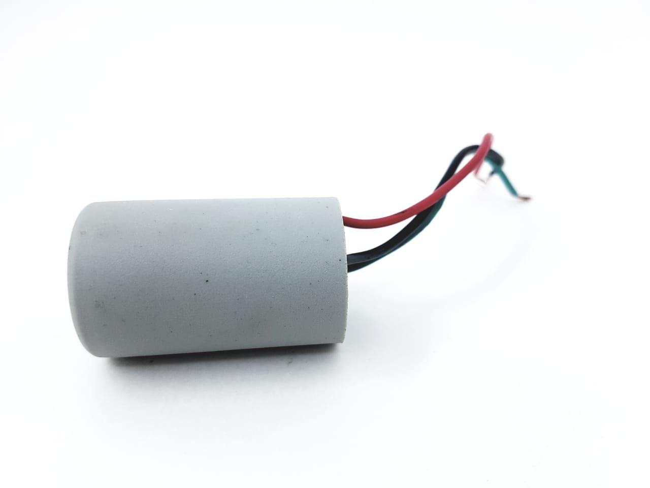 Capacitor Para Ventilador 3 Fios 2+5uf 250VAC +- 5% 50/60hz NOG