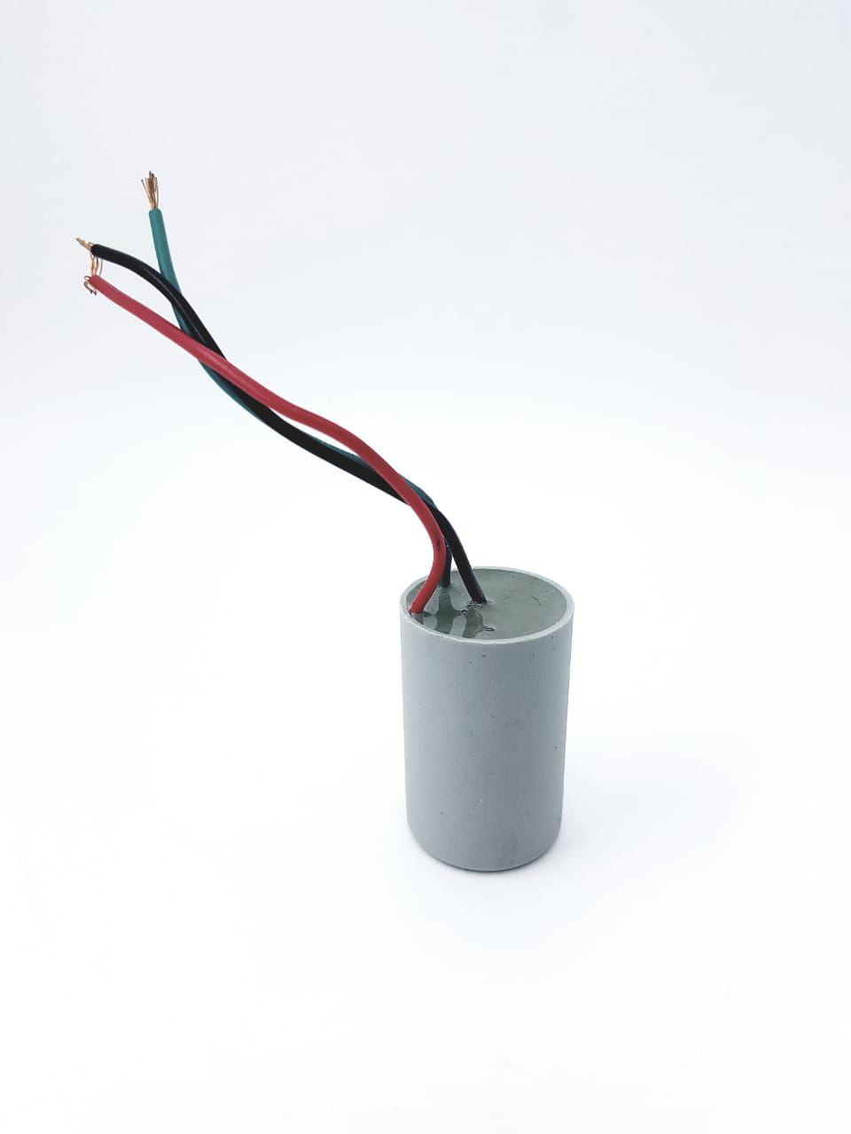 Capacitor para Ventilador 3 fios 3+5uF 400VAC +-5% 50/60Hz