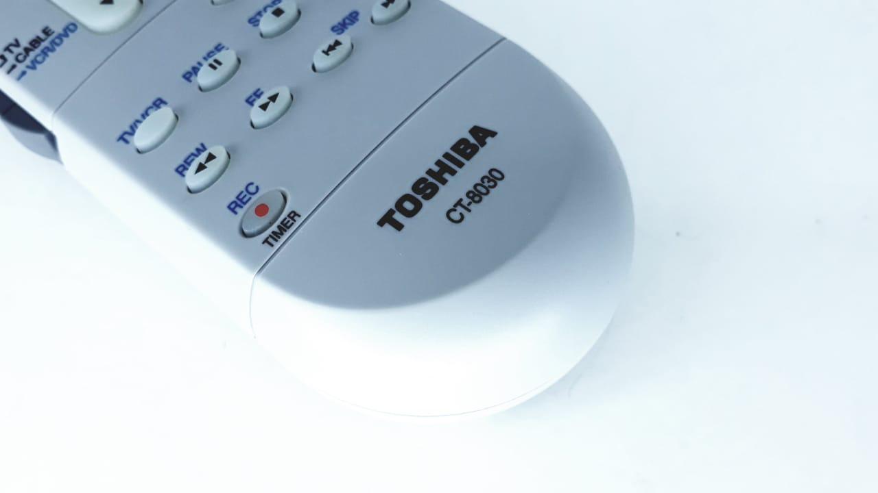 Controle Remoto  CT8030 para Tv modelo TV2958F da marca Semp Toshiba Original