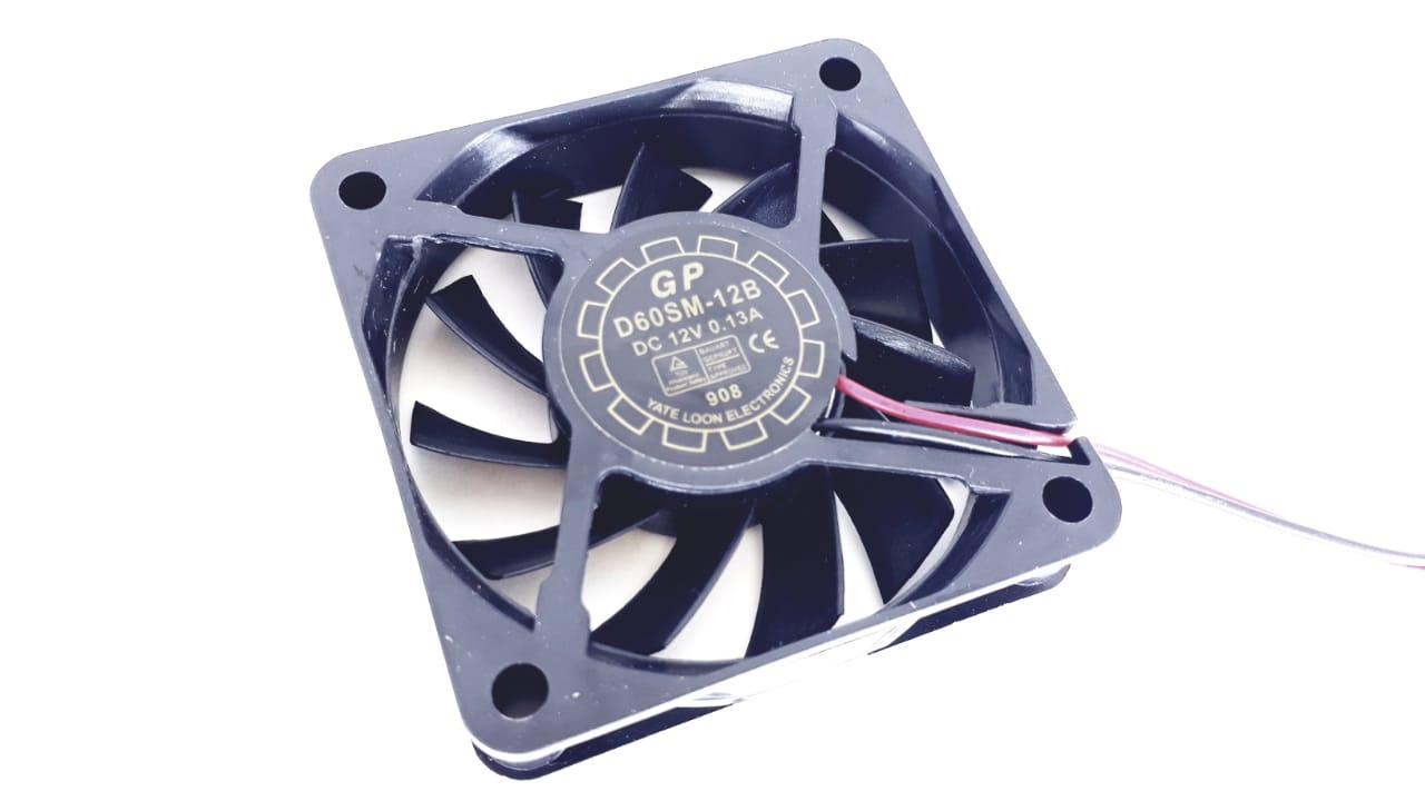 Cooler tamanho: 60x60x15mm tipo:Bucha 12v 0.13a Conector Ide modelo:D60sm-12b