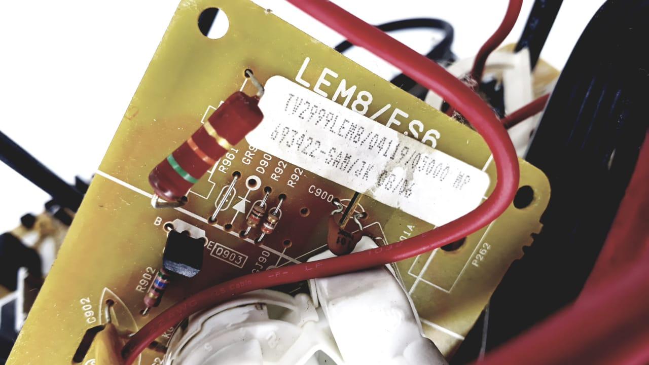 Placa para TV  de Tubo 2999  LEM8 da marca Semp Toshiba