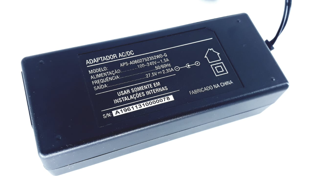 Fonte APS-A0602752352WD-G 2,35A 27,5V Para Aparelhos Eletrônicos