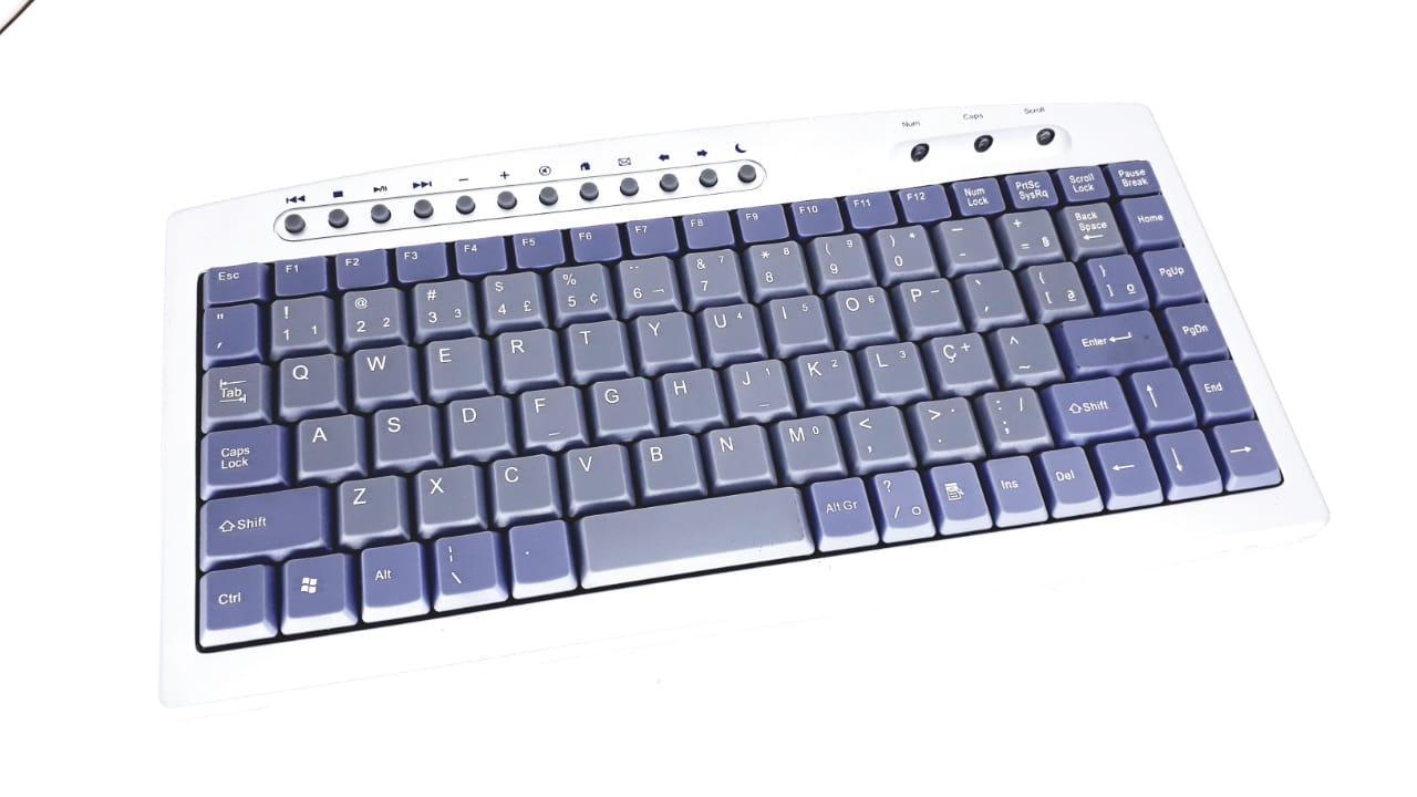 Mini Teclado Multimídia Abnt2 Usb F21 9828u Prata Novo