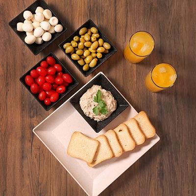 Mini Travessa Petisqueira quadrada pequena marrom imbuia de material plástico sustentável para casa e cozinha