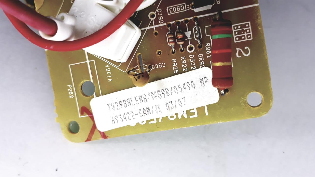 Placa para TV  de Tubo modelo TV 2988 LEM8 da marca Semp Toshiba