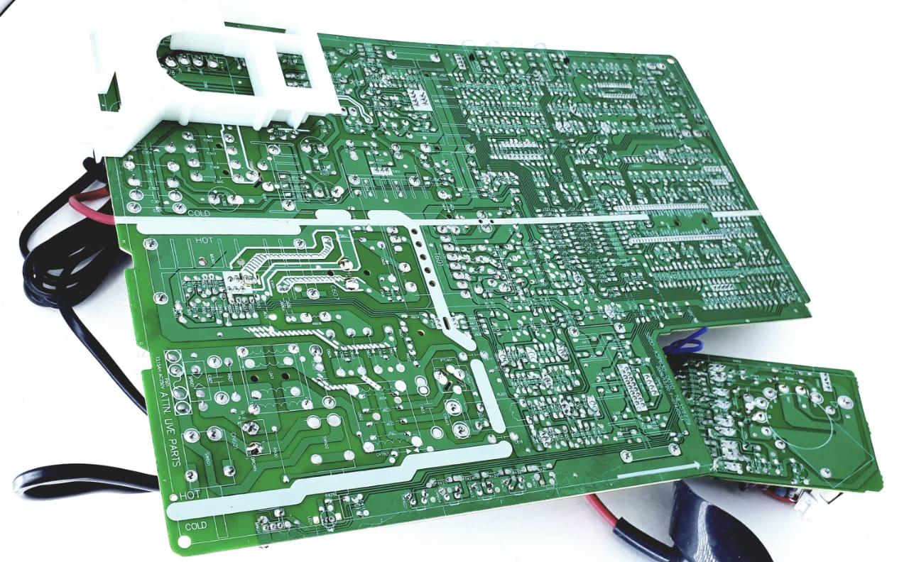 Placa Principal para TV de Tubo da marca Semp Toshiba modelo TV 2934 IMCSS 29  polegadas  Tela Plana