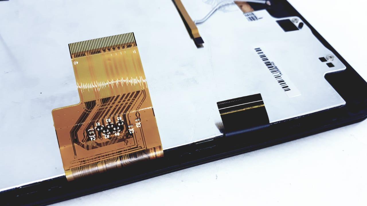 Tela Touch + Painel frontal para Tablet modelo TA0704W Preto  da marca Semp Toshiba com cabo flat Original