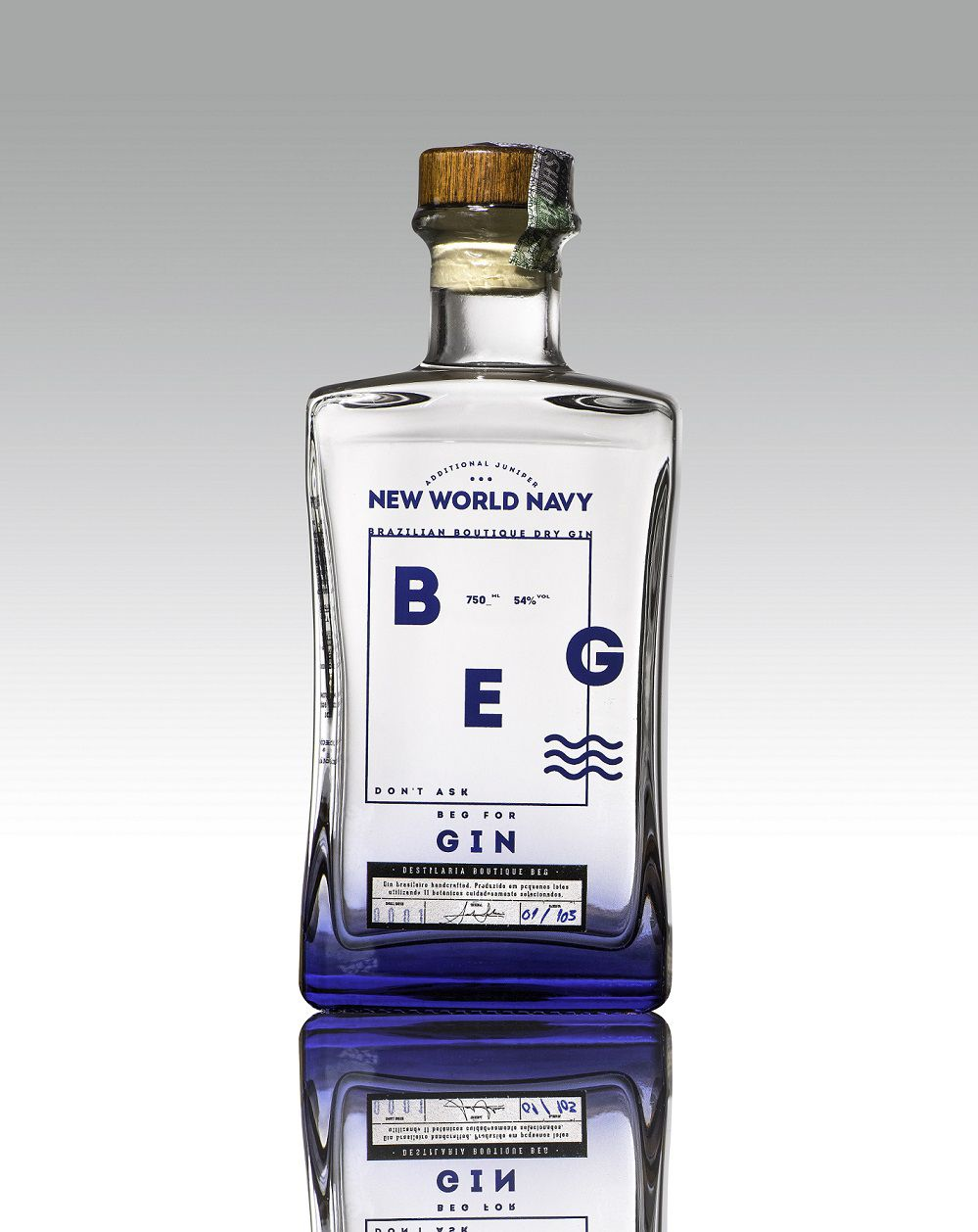 BEG Gin - NEW WORLD NAVY - 750 ml