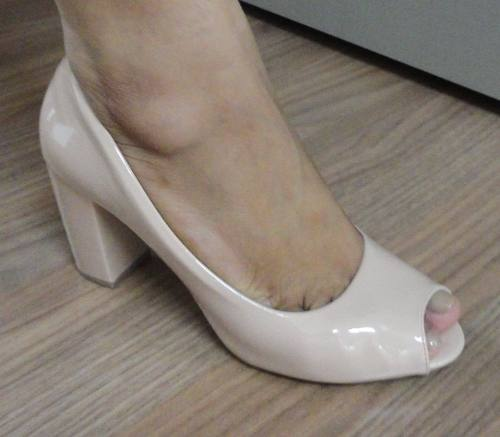 Sapato Peep Toe Mariotta Verniz Salto 7,5cm - 12100158