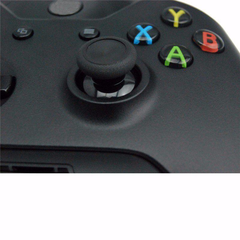 Console Xbox one S - 1TB com 2 controles Branco e Preto