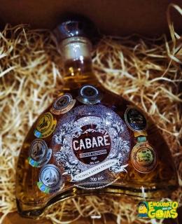 Cachaça Cabaré Extra Premium 15 anos Carvalho Europeu 700ml