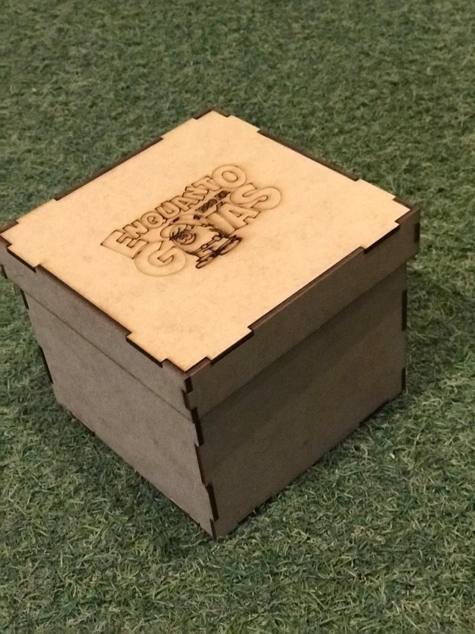 Caixa para caneca em mdf 12x12