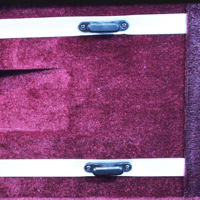 Estojo retangular térmico para violino na cor preta (exterior) e vinho (interior)