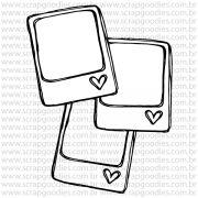 802 - 3 Polaroids com coraçõezinhos