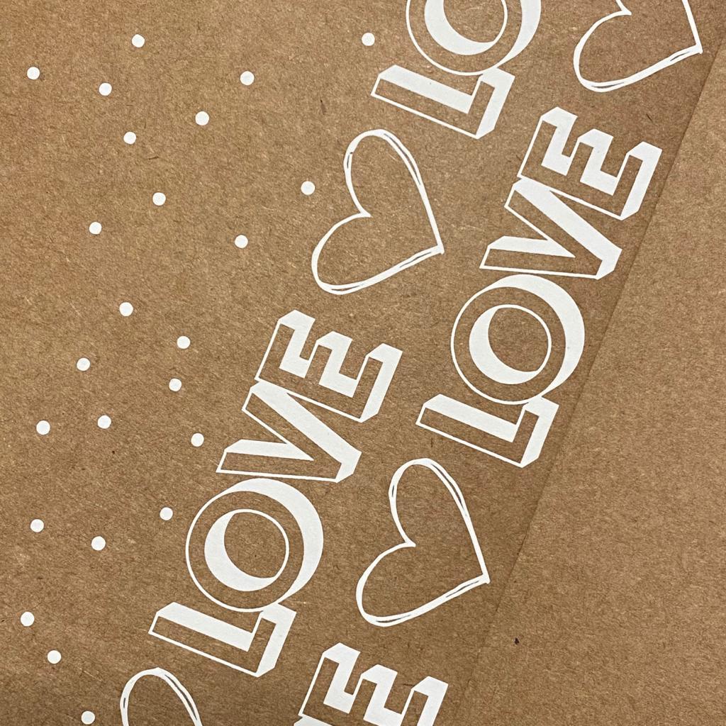 kraft decorado - a4 (tamanho 21x29,7cm) - estampa de LOVE / pontinhos   - SCRAP GOODIES