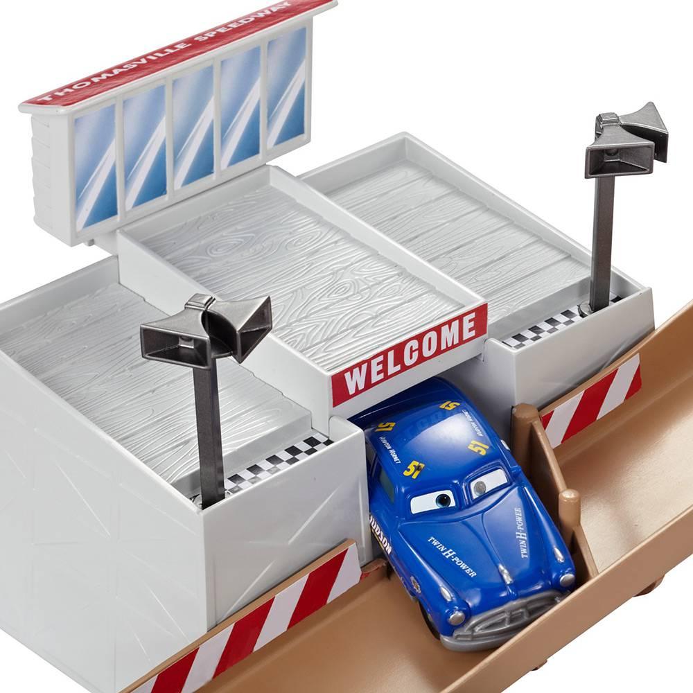 Carrinho Carros 3 Lendas de Thomasville - Mattel