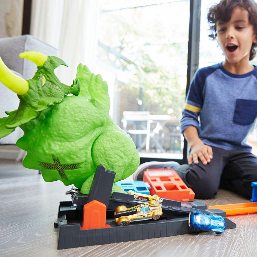 Carrinho Hot Wheels Ataque de Triceratops  Mattel
