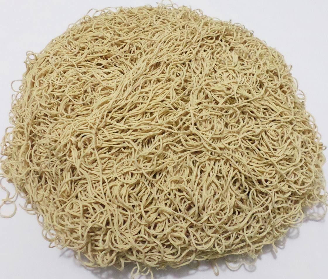 Tira de Macarrão/Espaguete 1.140g Bege  - Bastex Artesanatos