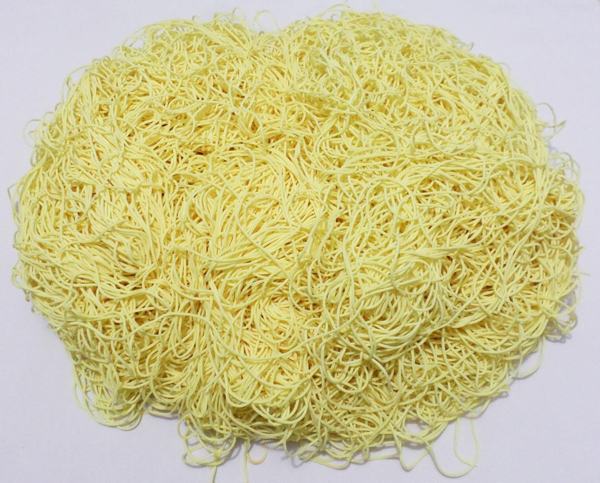 Tira de Macarrão/Espaguete 900g Amarelo Claro  - Bastex Artesanatos