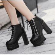 Bota Ankle Boots London Sola Tratorada