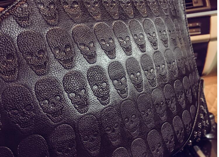 Bolsa Clutch Skull