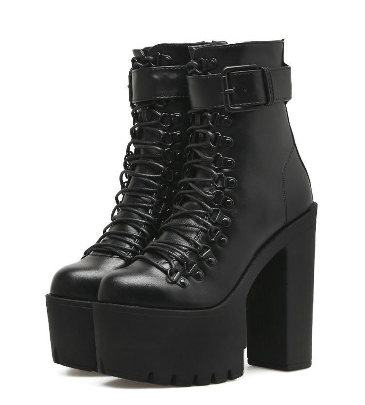 Bota Ankle Boots  AlgarveSola Tratorada Salto Grosso