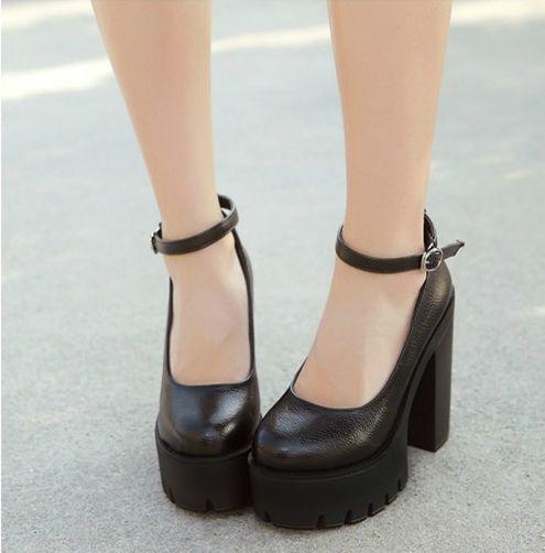 Sapato Plataforma Sola Tratorada