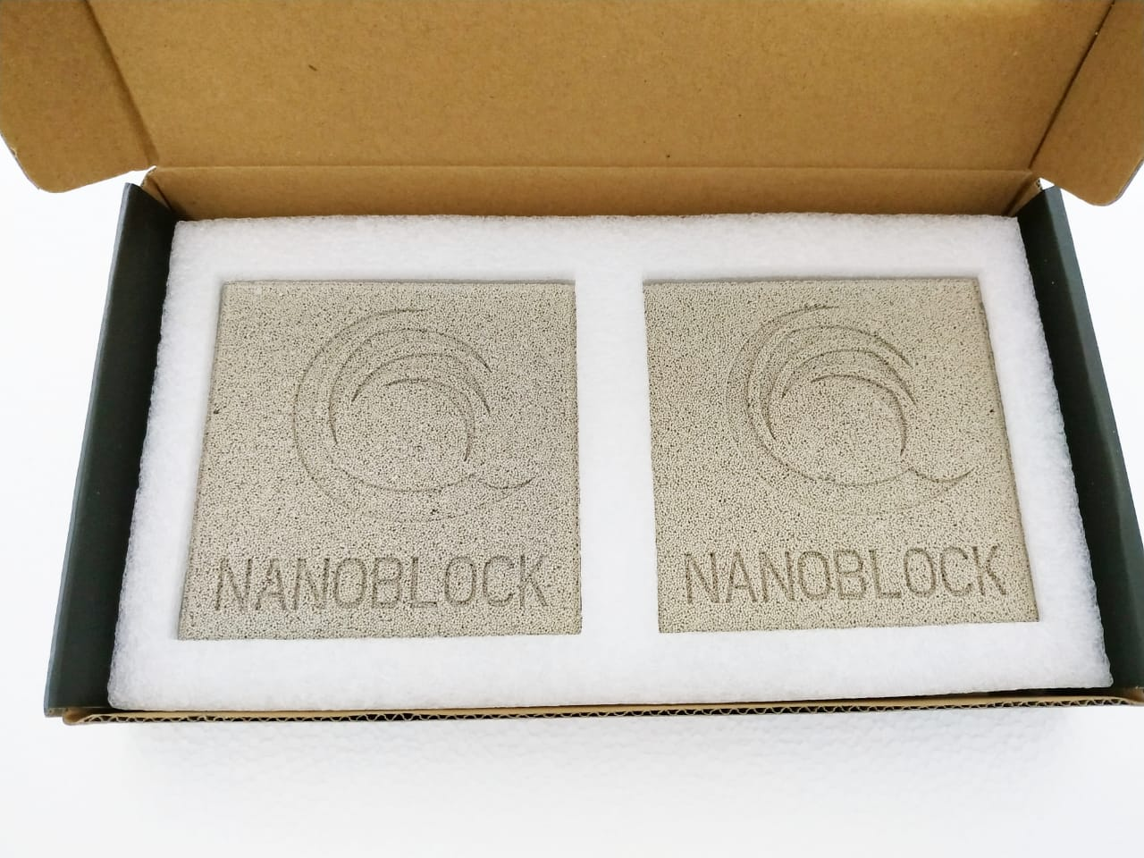 Mídia Biológica Nano Block 10x10x2,5cm 2un Trata 2800 Litros  - FISHPET Comércio de Acessórios para Animais Ltda.