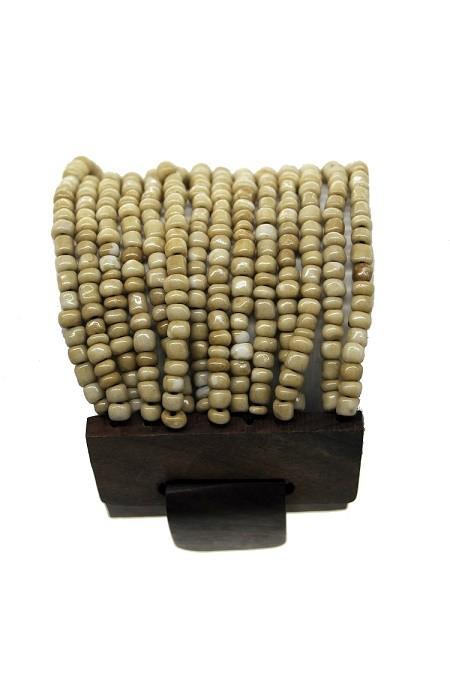 pulseira em missanga dourada
