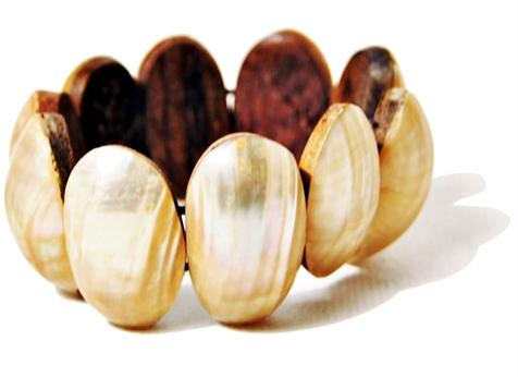 pulseira em concha marinha