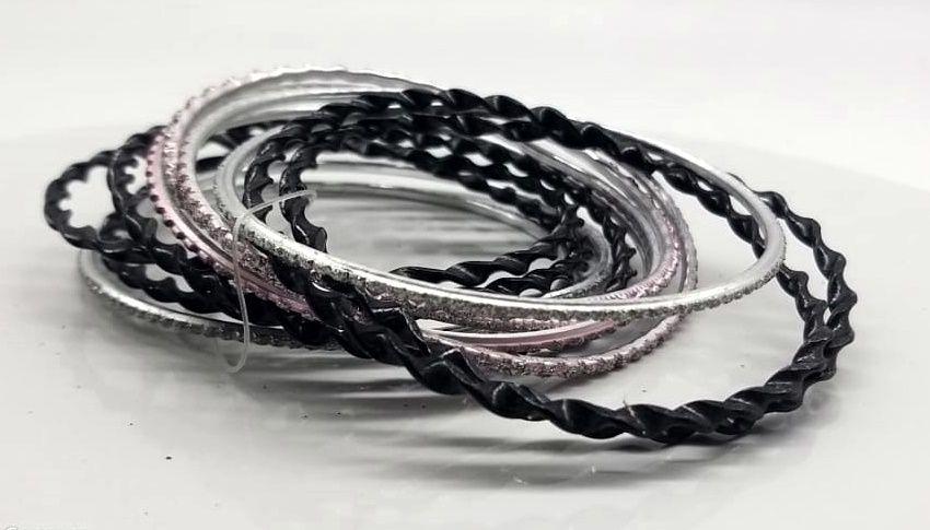 pulseira indiana em metal colorido black rose